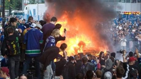 Vasilios Makris, Stanley Cup rioter, gets 8 months in jail