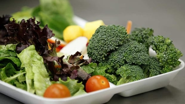 To avoid hitting the office vending machine, a St. John's-based registered dietician recommends bringing lunch from home, or purchasing healthier convenience foods.