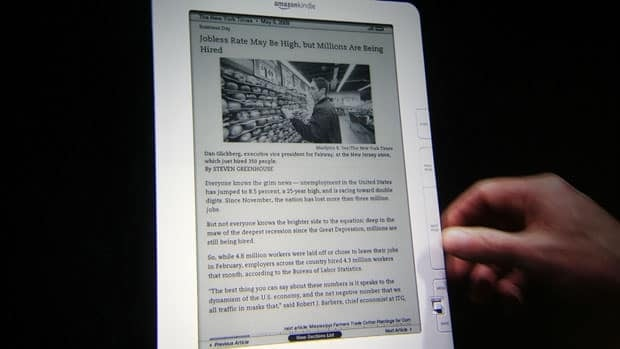 Reports say the U.S. Justice Department is preparing to sue Apple and five U.S. publishers, alleging that they acted together to drive up e-book prices and that they tried to shut out rival e-book sellers like Amazon.com., maker of the Kindle e-reader.