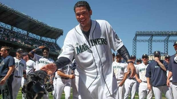 Seattle Mariners starting pitcher Felix Hernandez won't pitch for Venezuela at the World Baseball Classic.