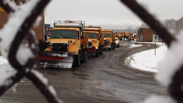 In the Halifax Regional Municipality, streets are cleared on a priority basis. One of the first priorities is routes to the hospital. (CBC)