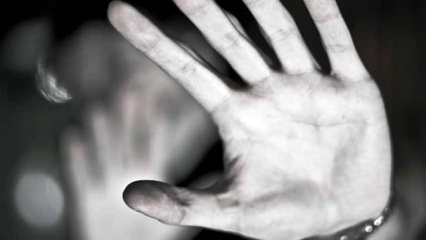 hi-istock-domestic-violence