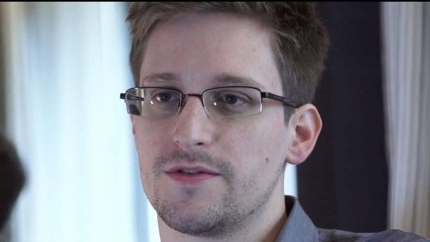 NSA leaker Edward Snowden has said he would seek at least temporary refuge in Russia until he could fly to one of the Latin American nations that have offered him asylum.