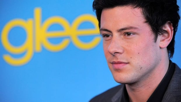 The cast of Glee paid tribute to both Cory Monteith and his character, Finn, in tonight's episode.