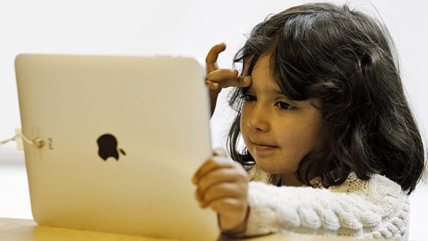 A Winnipeg school division will soon provide all of its students with iPads to replace traditional textbooks.