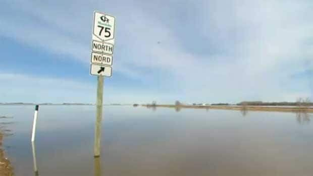 Highway 75 was closed to traffic for 38 days due to flooding in the spring of 2009.