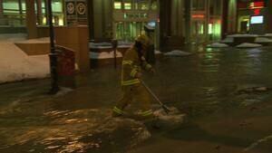 hi-firefighter-flood-852-4col