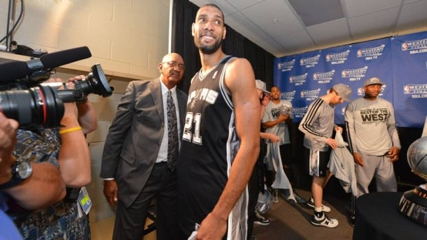 Tim Duncan and the San Antonio Spurs put away the Memphis Grizzlies in four games after a victory Monday night.