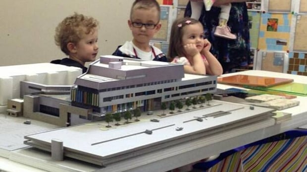 Children unveiled the approved plans for the Children's Hospital of Saskatchewan. (CBC)