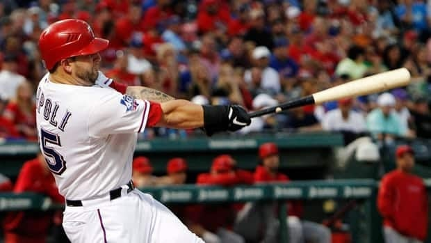 Mike Napoli originally agreed to a $39 million US, three-year contract at last month's winter meetings but the deal fell through because of health concerns.