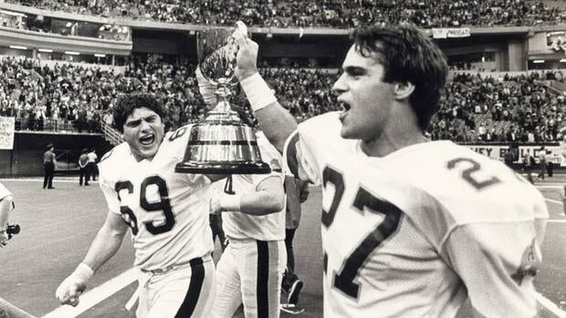 Toronto Argonauts' Dan Ferrone, left, shown here in this 1983 file photo, was named for induction to the Canadian Football Hall of Fame on Thursday.