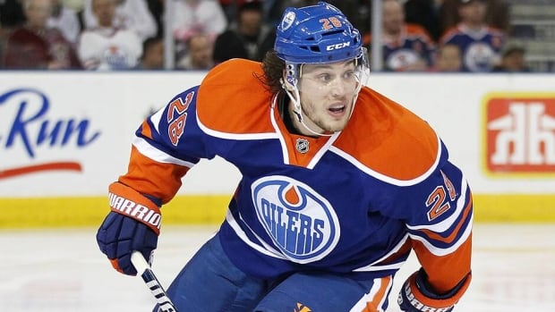 The Oilers are bringing gritty forward Ryan Jones back for another year. Jones has spent three-plus years in Edmonton after being brought over from Nashville.