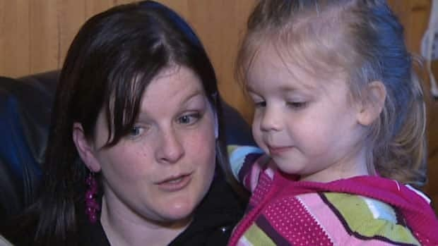 Misty Rowsell, with her daughter Leah, 3, has filed a complaint with the Canadian Transportation Agency.