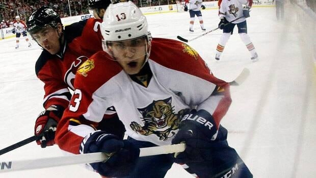 Mike Santorelli will join his third NHL team as a result of Wednesday's claim.
