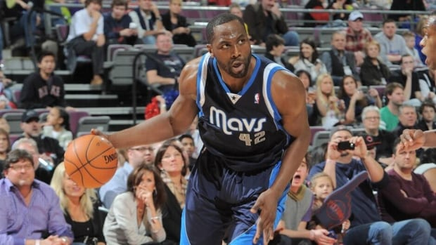 Elton Brand averaged 7.2 points and 6.0 rebounds per game last season with the Dallas Mavericks.