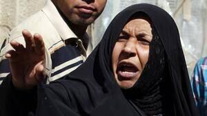 hi-iraq-bomb-woman-4col