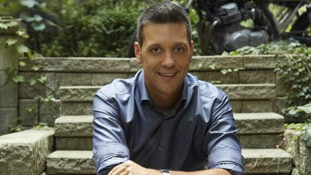 George Stroumboulopoulos is taking his chat show format to CNN this summer for 10 weeks.