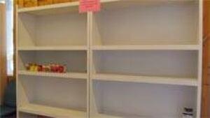 si-nb-empty-food-bank-220