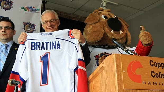 The Hamilton Bulldogs announced Friday they have signed a new three-year lease with Copps Coliseum. The team also has renewed its affiliation extension with the Montreal Canadiens. Mayor Bob Bratina lauded Bulldogs owner Michael Andlauer's passion for Hamilton at Friday morning's press conference.