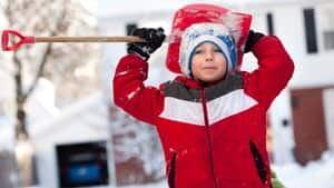 ii-kid-snow-storm-us