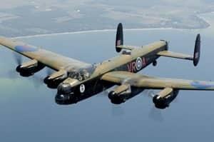 300px-lancaster-bomber