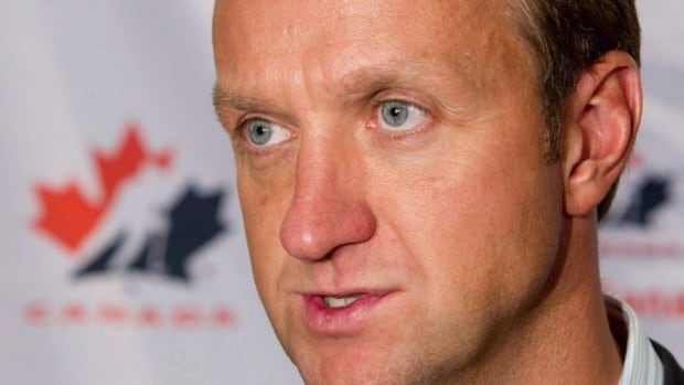 Rob Blake will assist Dean Lombardi in hockey operations for the Kings.