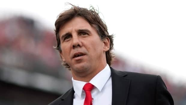 Nick Dasovic, seen here coaching Toronto FC during the 2010 MLS season, will lead Canada's entry at the 2013 FIFA u-20 men's World Cup.