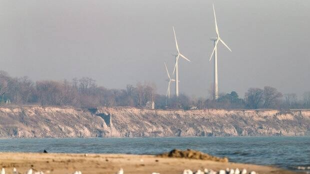 Wind turbines dot the shoreline near Port Burwell, Ontario, on Nov. 22, 2012.