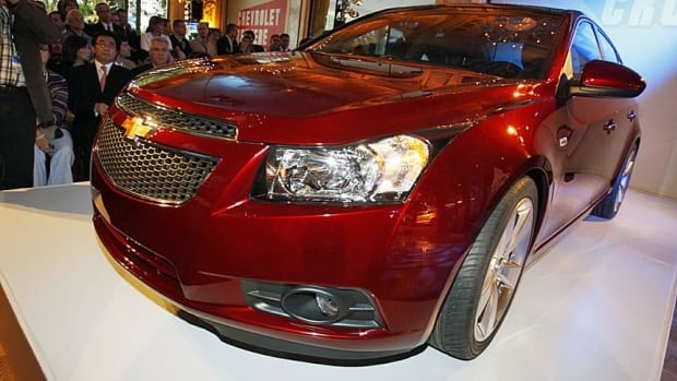 chevrolet recalls 60 000 cruze cars in canada business. Black Bedroom Furniture Sets. Home Design Ideas