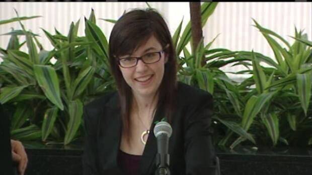 Hélène Campbell speaks