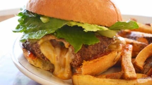 si-naina-burger-460