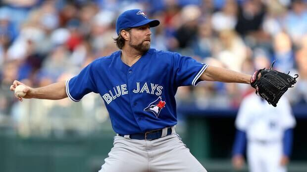 R.A. Dickey of the Toronto Blue Jays against the Kansas City Royals at Kauffman Stadium April 13, 2013 in Kansas City, Missouri.