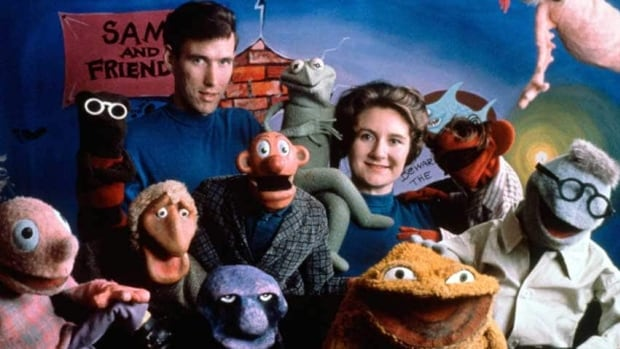 Jane Henson, seen at right with Jim Henson and the cast of Sam and Friends, appears in 1960 in Washington. She died Tuesday at the age of 78.