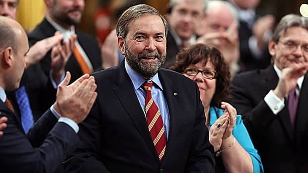 The federal NDP, led by Tom Mulcair, is playing down the threat of Justin Trudeau's possibility ahead of the Liberal Party announcing its new leader Sunday night.