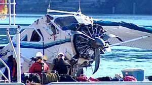 hi-bc-120501-saturna-plane-crash-4col