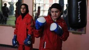 boxing-girls-300