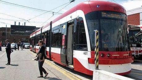 hi-852-new-streetcar