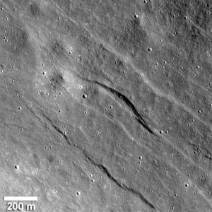 sm-300-lunar-graben-nasa