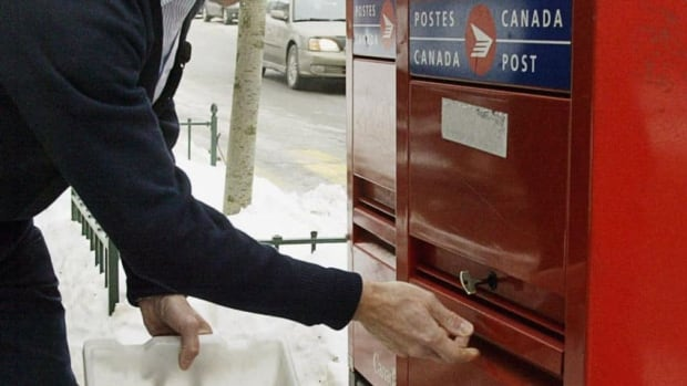 Canada Post has shown its first annual lost in 16 years.