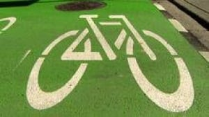 hi-cycle-track-path-3col