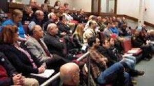 si-nb-sj-council-crowd-220