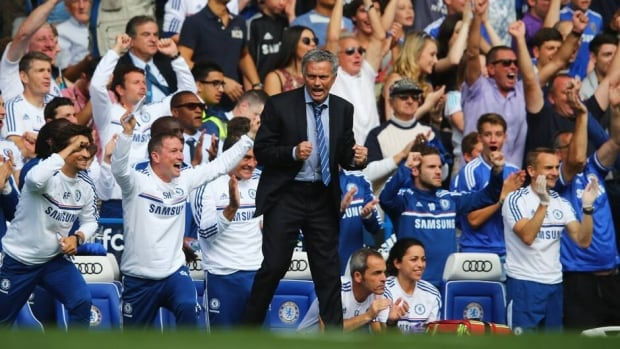 Chelsea manager Jose Mourinho celebrates Frank Lampard's goal against Hull City at Stamford Bridge on August 18, 2013 in London.