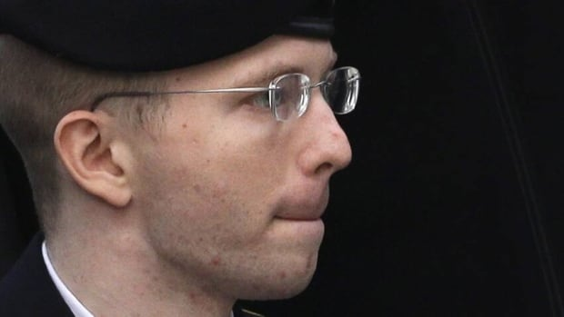 U.S. army Pfc. Bradley Manning is seeking a presidential pardon after being sentenced to 35 years in prison for giving U.S. secrets to anti-secrecy site WikiLeaks.