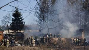 mi-fire-crew-hospital-russi