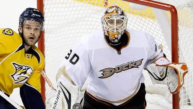 Viktor Fasth has helped Anaheim to second in the Western Conference after 15 games.