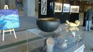 hi-art-exhibit-852-3col
