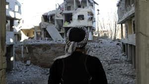 300-syria-rubble-rtr3cini