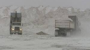 mi-long-winter-snow-dump-re