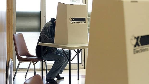 A group supporting a Federal Court challenge of the election results in seven ridings says a new poll it commissioned shows fraudulent election calls were widespread and targeted at people previously identified as Conservative non-supporters.