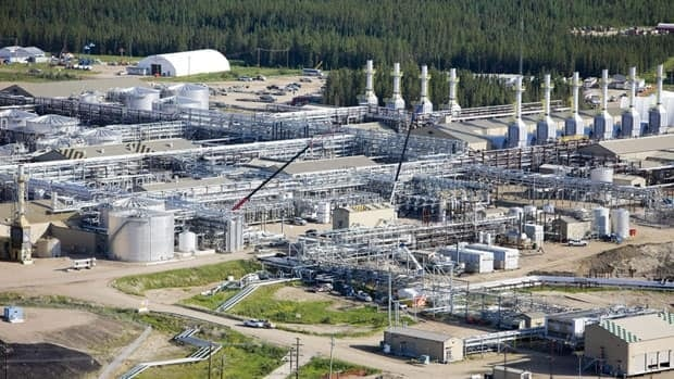 Cenovus' Foster Creek oil sands project in northern Alberta. Analysts say falling oil prices are not yet putting future big projects in jeopardy.